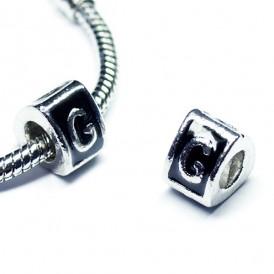 이니셜메탈삼각론델G 9*7mm(구멍 5mm) - 1개